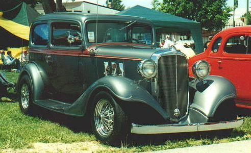 1933 chevrolet 2 door sedan